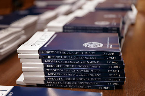 0304-obama-2015-budget_full_600